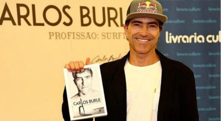 História sobre Carlos Burle – Profissão Surfista