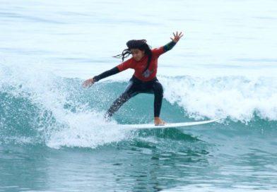 Sophia Medina é o destaque na final do Circuito Medina de Surf