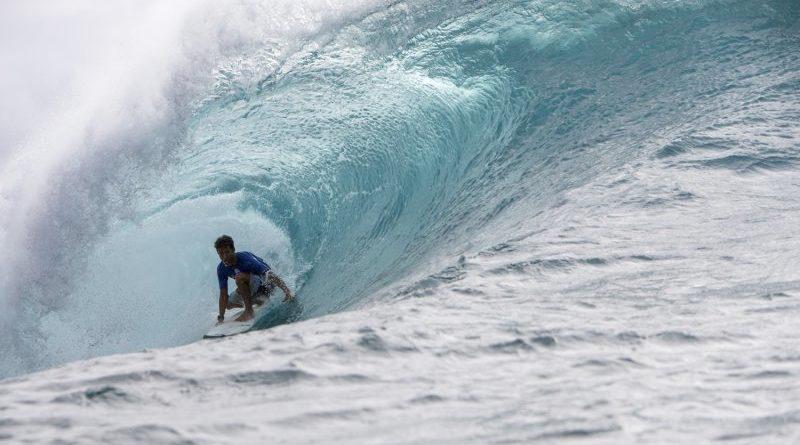 Seth Moniz recebe wildcard para o Billabong Pipe Masters