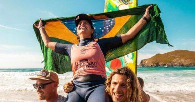 Chloé Calmon conquista o titulo do Galicia Longboard Classic