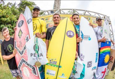 Cauã Costa e Maju Freitas ditam o ritmo na Bahia no CBSurf Junior Tour