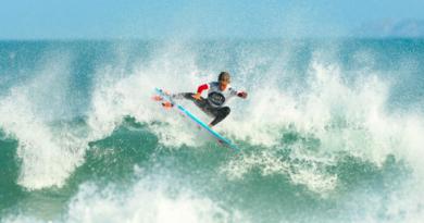 Nova geração arrebenta na abertura do Circuito Surf Talentos Oceano 2021
